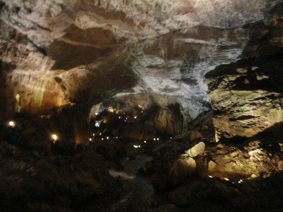Cuevas de Valporquero : interior cueva