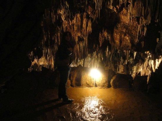 interior cueva: fotografía de Cuevas de Valporquero, Valporquero de Torío - T...