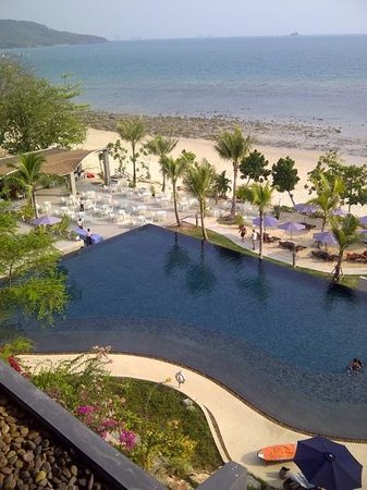 Beyond Resort Krabi: celebrating our 30th wedding anniversary in style.  Amazing!!