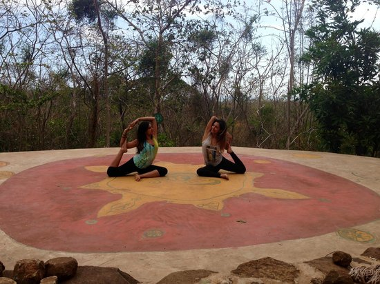 El Zopilote: Yoga space