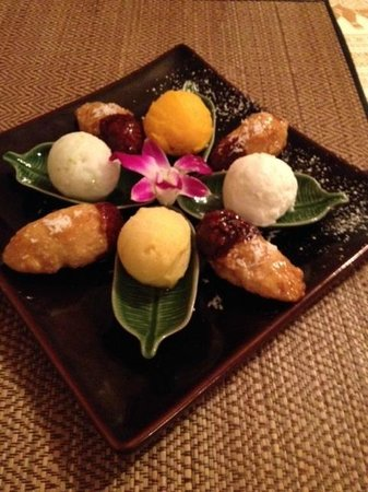 Thai-Family Restaurant Sudsaard: Dessert surprise