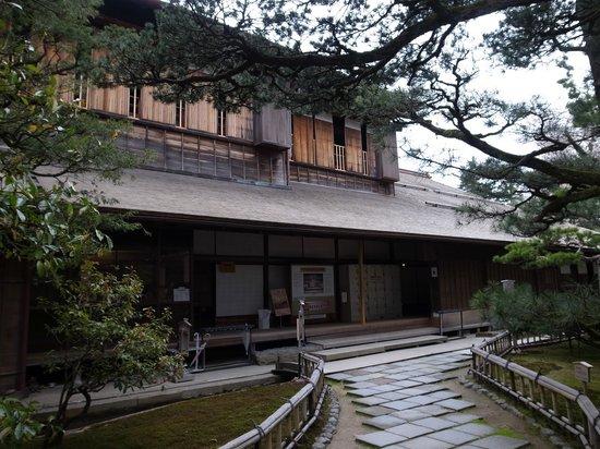 Seisonkaku Villa : 兼六園側の外観
