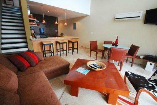 sala-comedor-cocina: fotografía de Ocean Plaza, Playa del Carmen ...