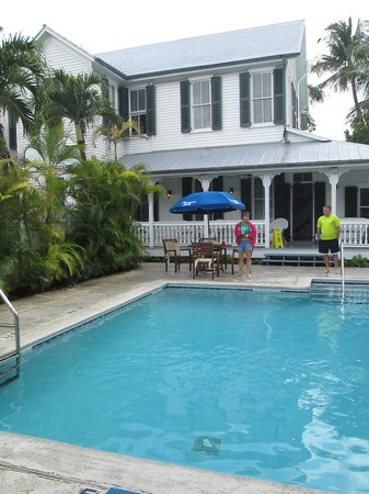 The Conch House Heritage Inn: The pool was refreshing and perfect