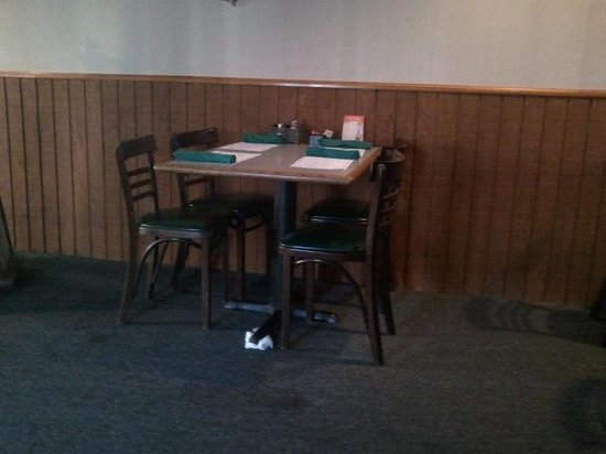 Crab Creek Seafood Restaurant: napkin under table leg is a good indication of overall experience
