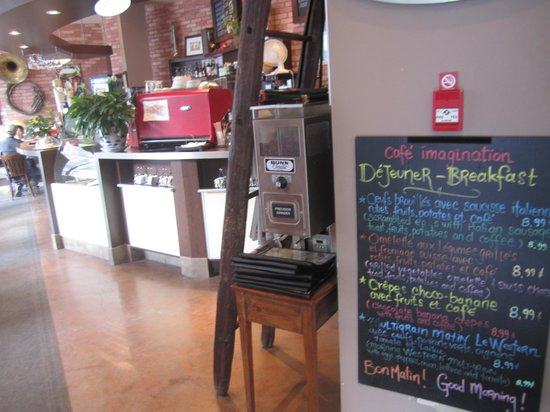 Cafe Imagination : wall menu