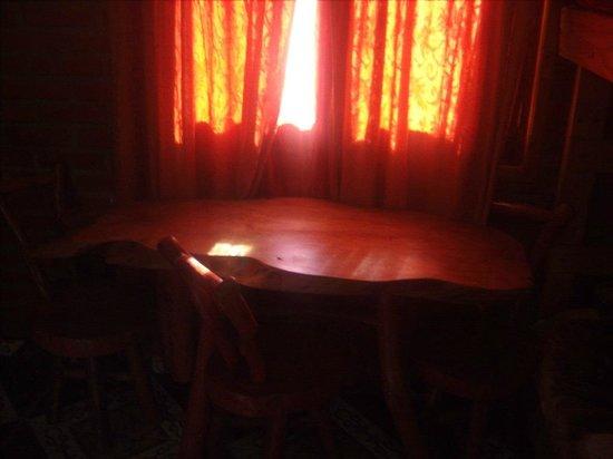 El Paraiso Apart Hotel : hermosa mesa