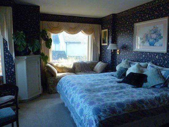 Huber's Inn Port Townsend: King Suite