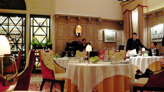 Hostellerie de Plaisance Restaurant : Le Restaurant