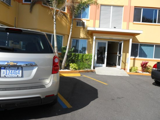 Page Terrace Beachfront Hotel : Handicapped parking & ramp not accessible when this spot is taken.  Lone ramp does not access lo