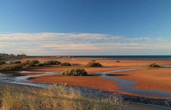 Pilbara Holiday Park: Beachfront