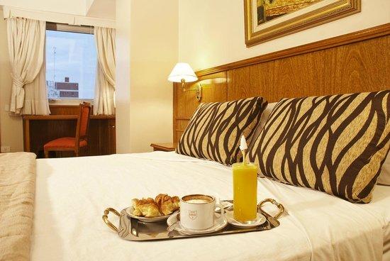 Hotel Carlos V: Habitación con desayuno