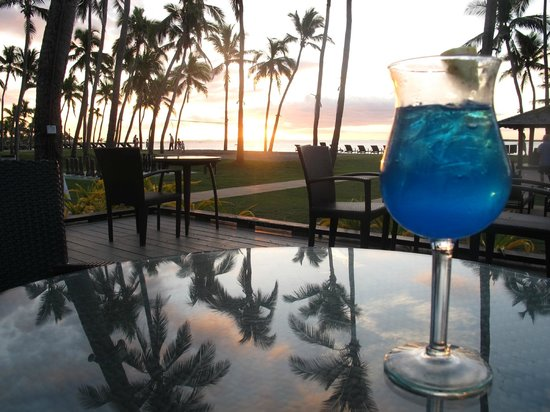 The Westin Denarau Island Resort & Spa Fiji: Cocktails at sunset