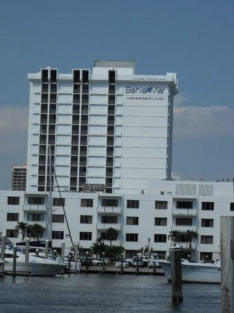 Bahia Mar Fort Lauderdale Beach - a Doubletree by Hilton Hotel: Bahia Mar from the Bahia Cabana bar
