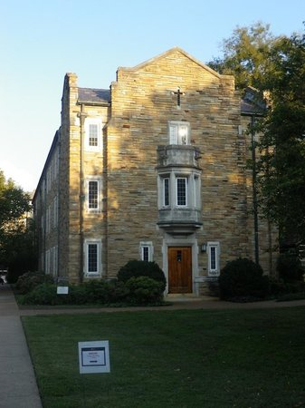Scarritt-Bennett Center: Grounds