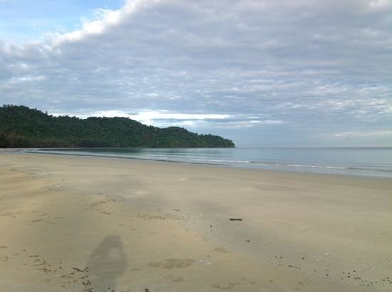 Nexus Resort & Spa Karambunai: Hotel Beach