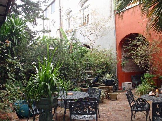 Bon Maison Guest House: Our favorite breakfast spot