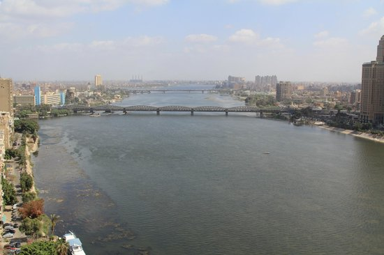 Hilton Cairo Zamalek Residences: Nile river view from 18th floor room