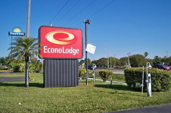 Econo Lodge North: Identificacion de la cadena