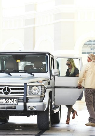 Platinum Heritage Luxury Tours and Safaris: G-Wagon Hotel pick-up