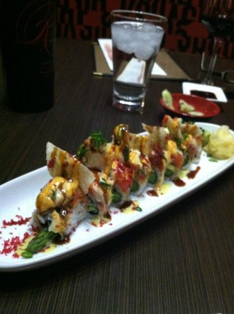 PL8 Restaurant: Sharks Tooth Appetizer( Snow crab, avacado,asperagus, and tortilla chips