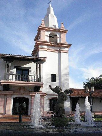 El Museo Etnografico y Colonial  Juan de Garay