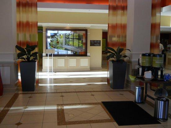 Hilton Garden Inn Fort Collins: Entrando al hotel....!!