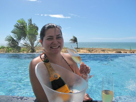 The Chili Beach Boutique Hotel & Resort: Bar da piscina