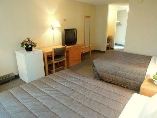Homestead Inn: Standard Double Room