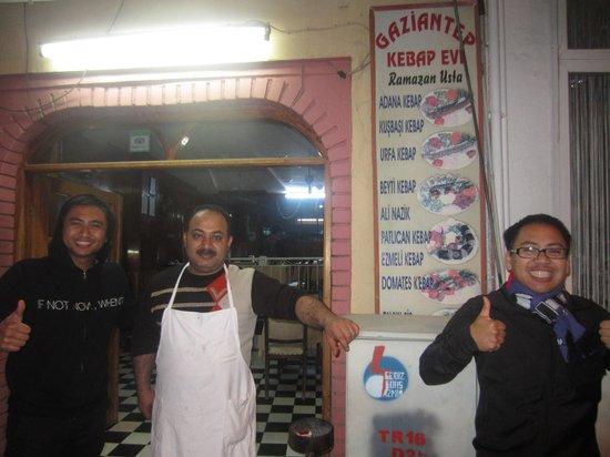 Gaziantep Kebab Salonu: The MAN himself.