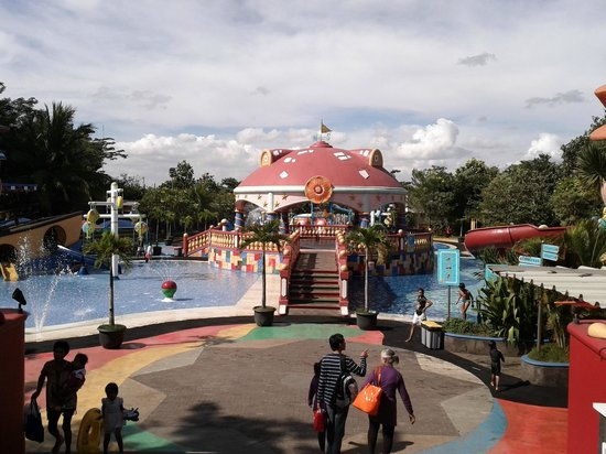 Wisata Air Ocean Park Water Adventure