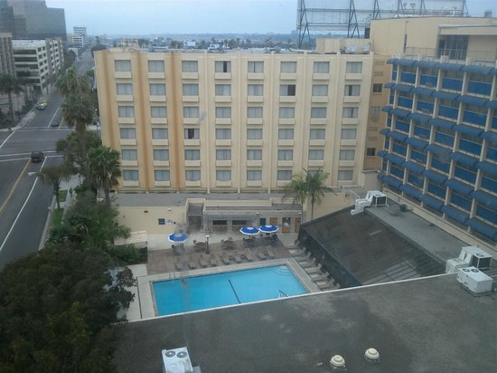 Four Points by Sheraton Los Angeles International Airport: view from room