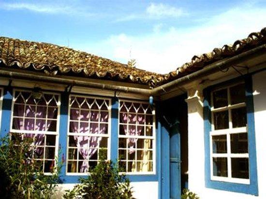 Casa dos azulejos sao pedro da aldeia brazil top tips for Hotel azulejos
