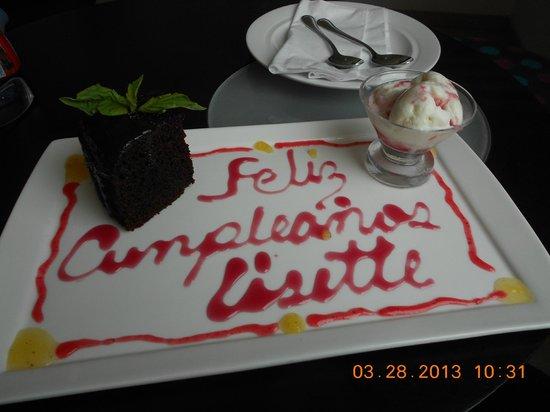 NH Collection Barranquilla Smartsuites Royal : regalo por parte del hotel para el cumpleaños