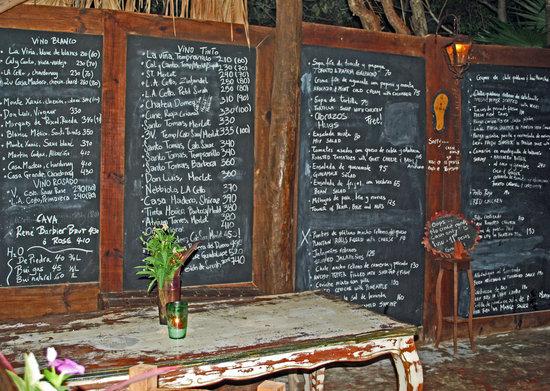 El Tabano: Blackboard menu