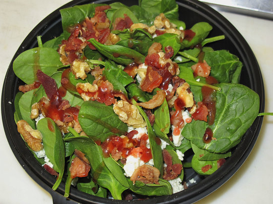 Arte Pizzeria: Gourmet Salad with Fresh Baby Spinach.