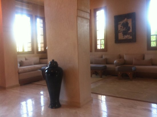 Domaine Rosaroum : One of the living room
