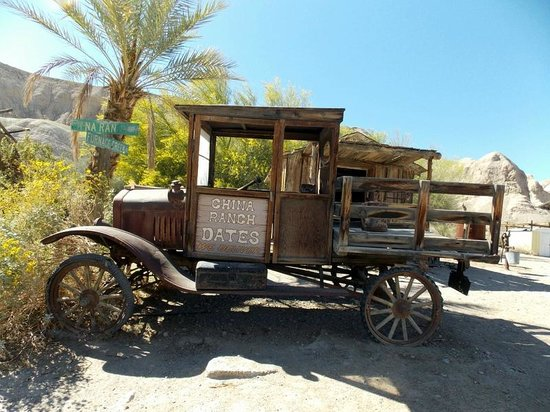 China Ranch Date Farm: old relic at the entrance