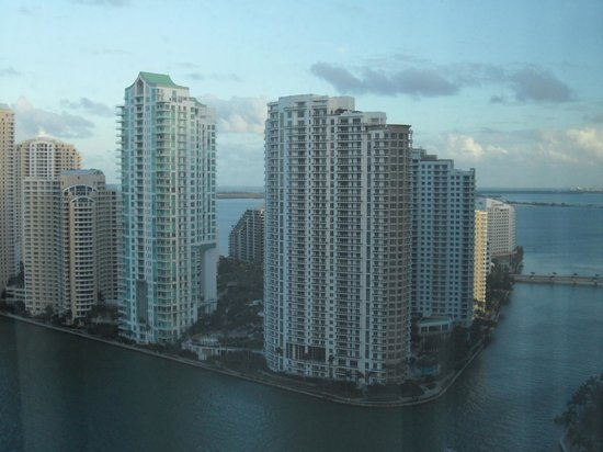 JW Marriott Marquis Miami: View over the waterfront, floor 12