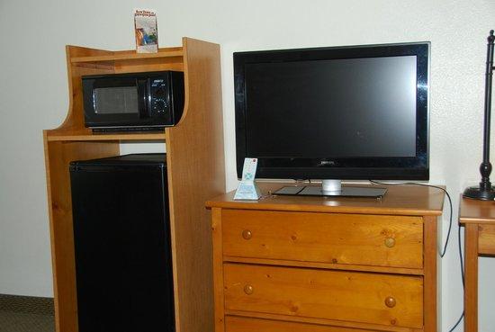 "Best Western Plus Ruby's Inn: TV, micro and ""fridge"