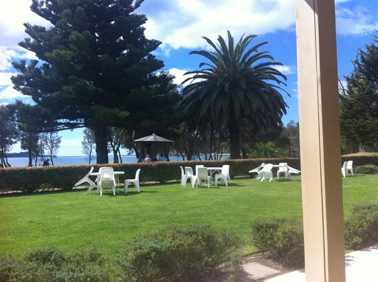 Seahorse Inn Restaurant: Outlook to Twofold Bay