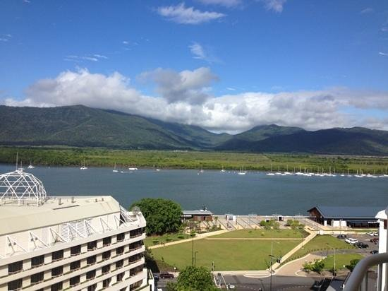 Pullman Cairns International: view