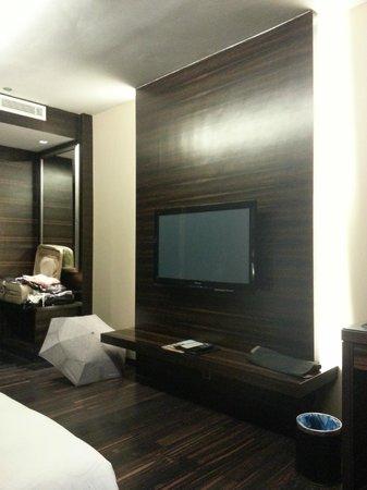 Horizon Hotel: room with modern deco