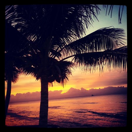 Bravo Beach Hotel: Sunset at BBH