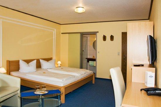 Hotel Garni Zur Alten Post: Zimmerbeispiel