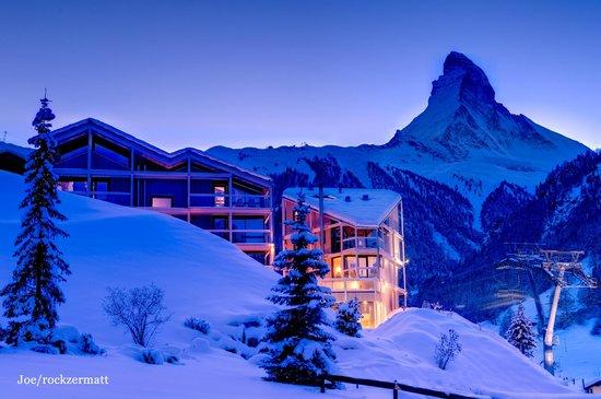 Hotel Matterhorn Focus: Rückansicht Nacht