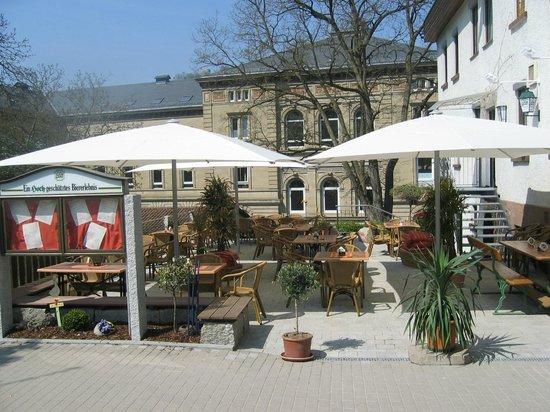 Gasthof Eisenbahn: Biergarten