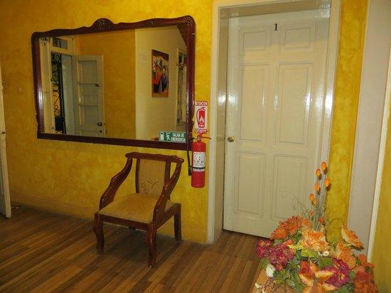 Hotel Andino: Hallway on first floor