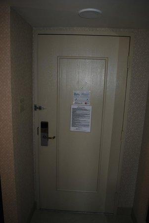 Renaissance Phoenix Downtown Hotel: interior view of room door