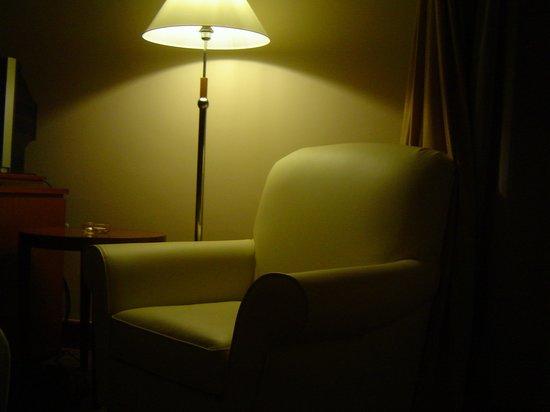 โรงแรมแกรนด์ซีซันส์: Room(Pic1)